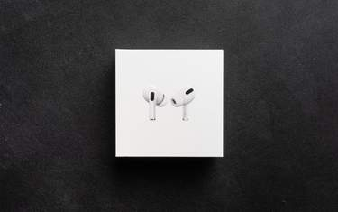 Apple AirPods Pro - Test - I kartongen