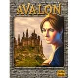 Resistance Avalon en brädspel från Indie Board & Card Games