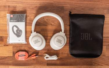JBL Live 650BTNC - Test - I kartongen