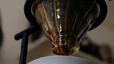 Brygg kaffe som Tetsu Kasuya - metoden 4-6 för pour over