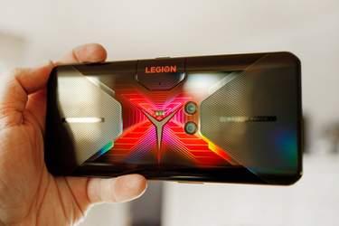 Lenovo Legion Duel - Test - Kraftfull telefon för en smal målgrupp