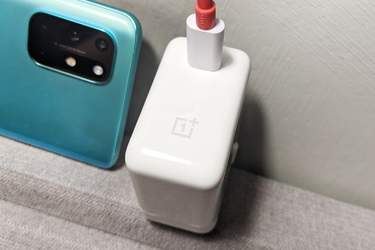 OnePlus 8T - Test - Regerande mästare i snabbladdning