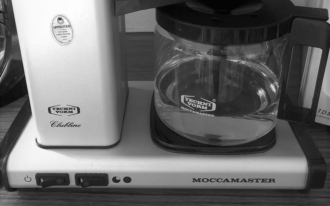 5 enkla steg för avkalkning av kaffebryggare | Kungligt Kaffe