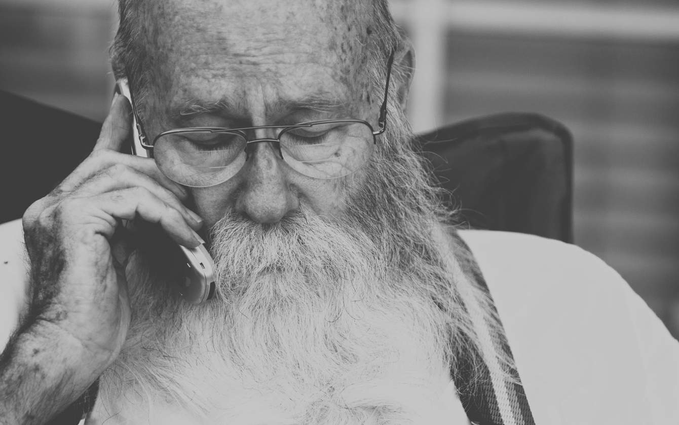 Basta Mobiltelefonen For Aldre Experten Milad Zeyghami Tipsar